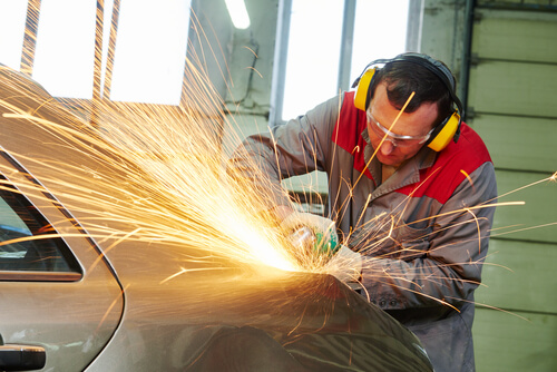 Choose the Best Boca Raton Collision Repair Center